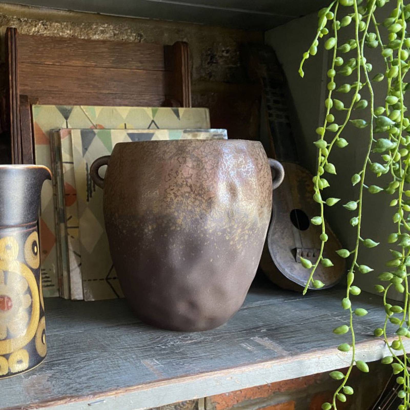 Brown Curved Stoneware Vase Pot With Tiny Handles thumbnails