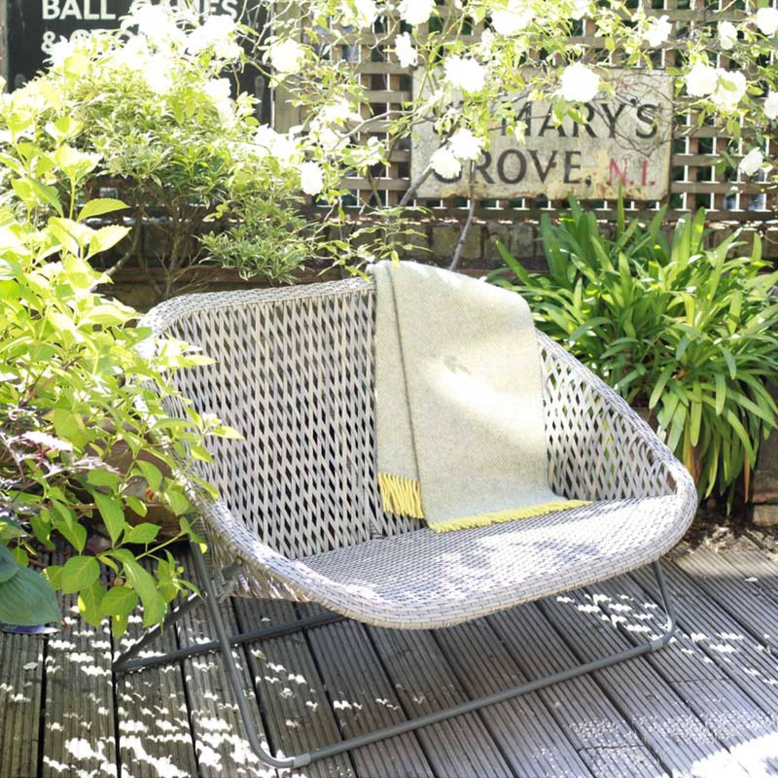 Z SOLD OUT Rattan Sofa Lounger