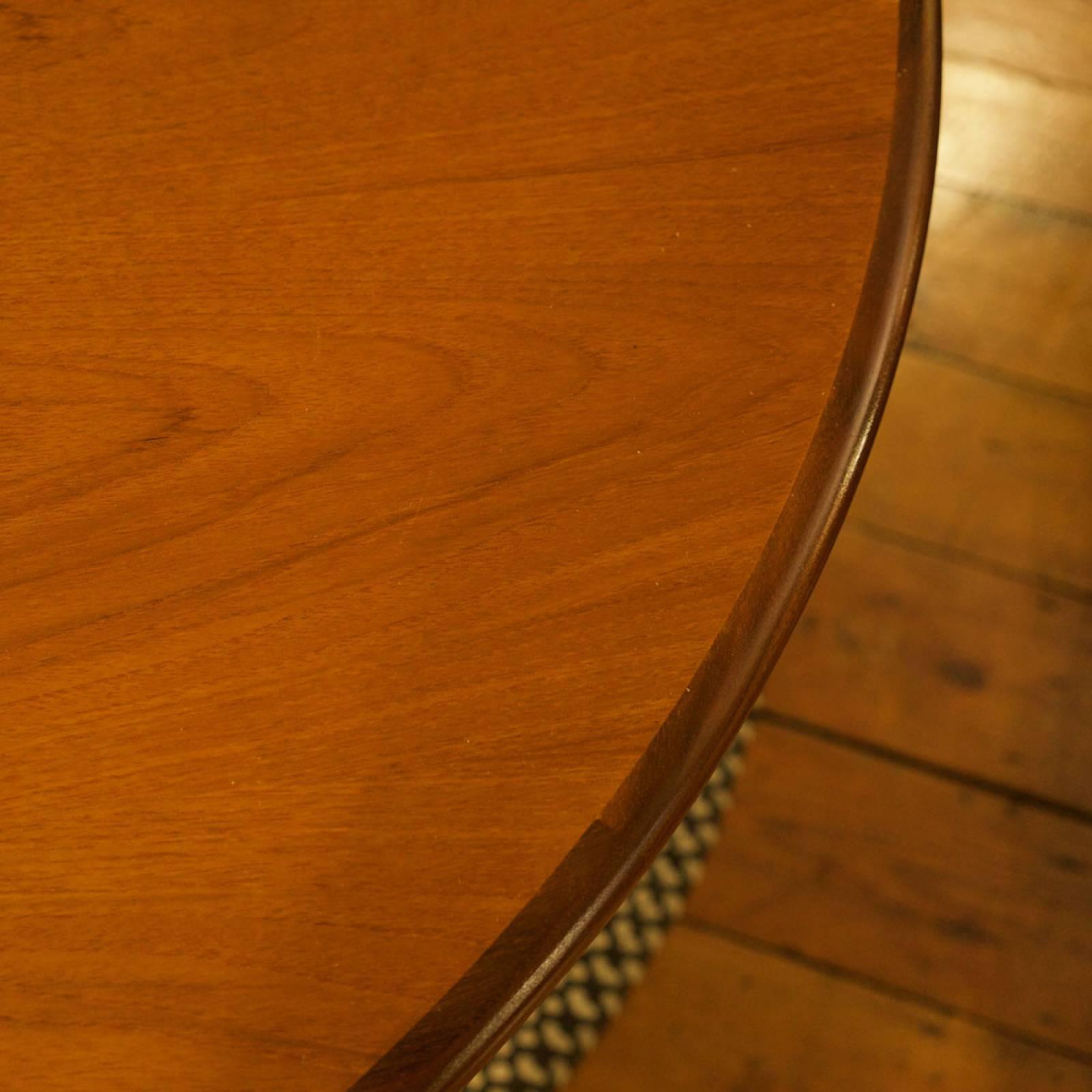 G Plan Fresco Circular Extending Dining Table thumbnails