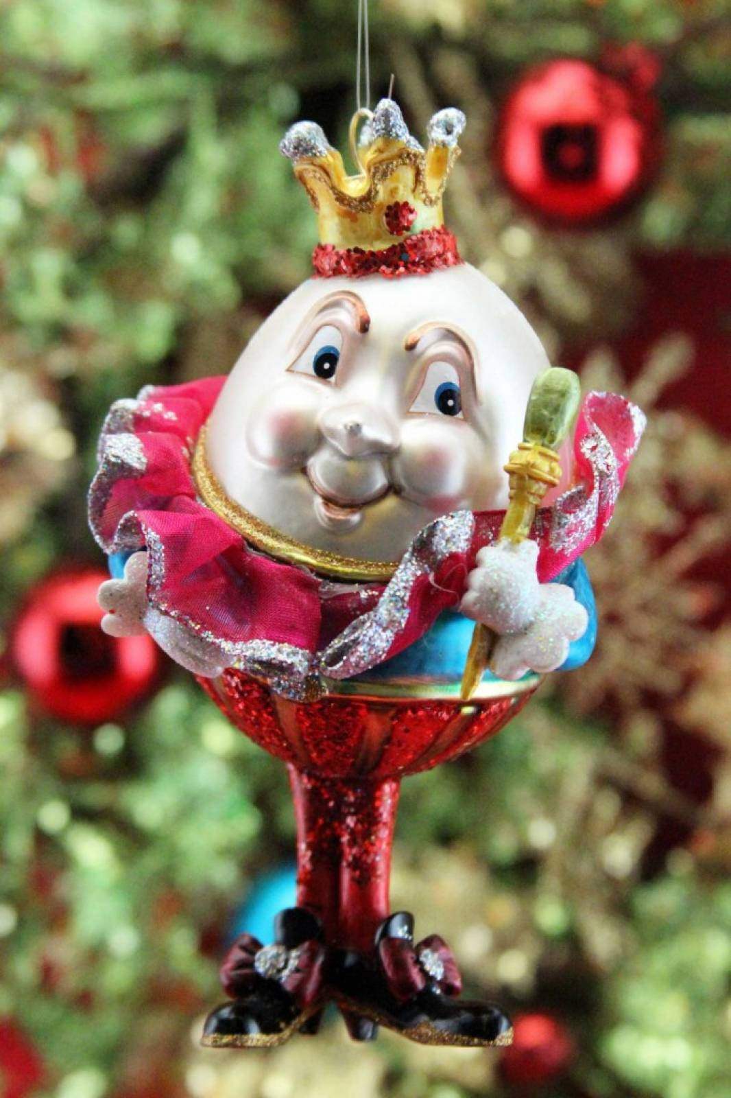 Humpty Dumpty Painted Glass Christmas Decoration thumbnails