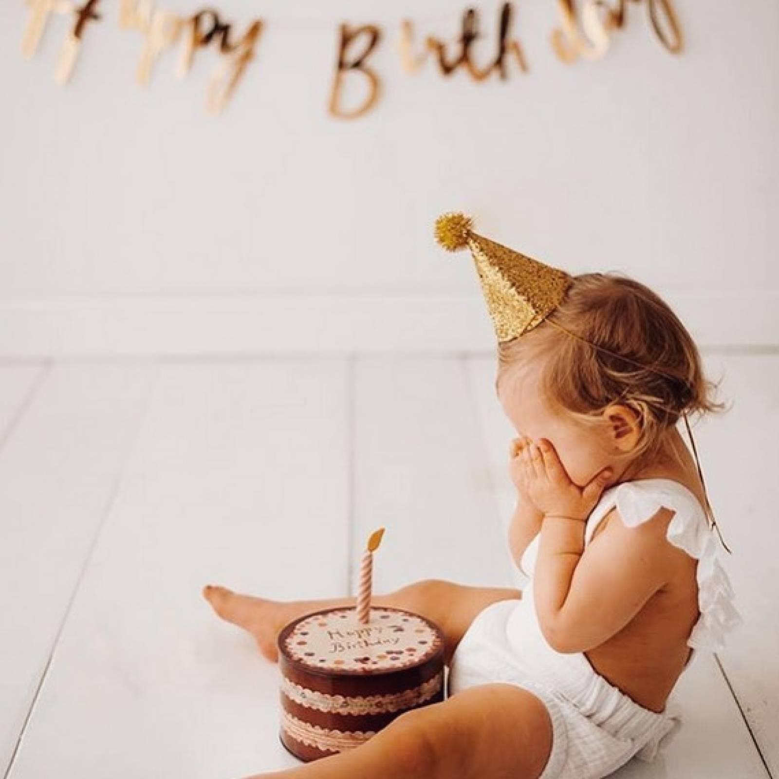 Birthday Pig Soft Toy In Cake Tin