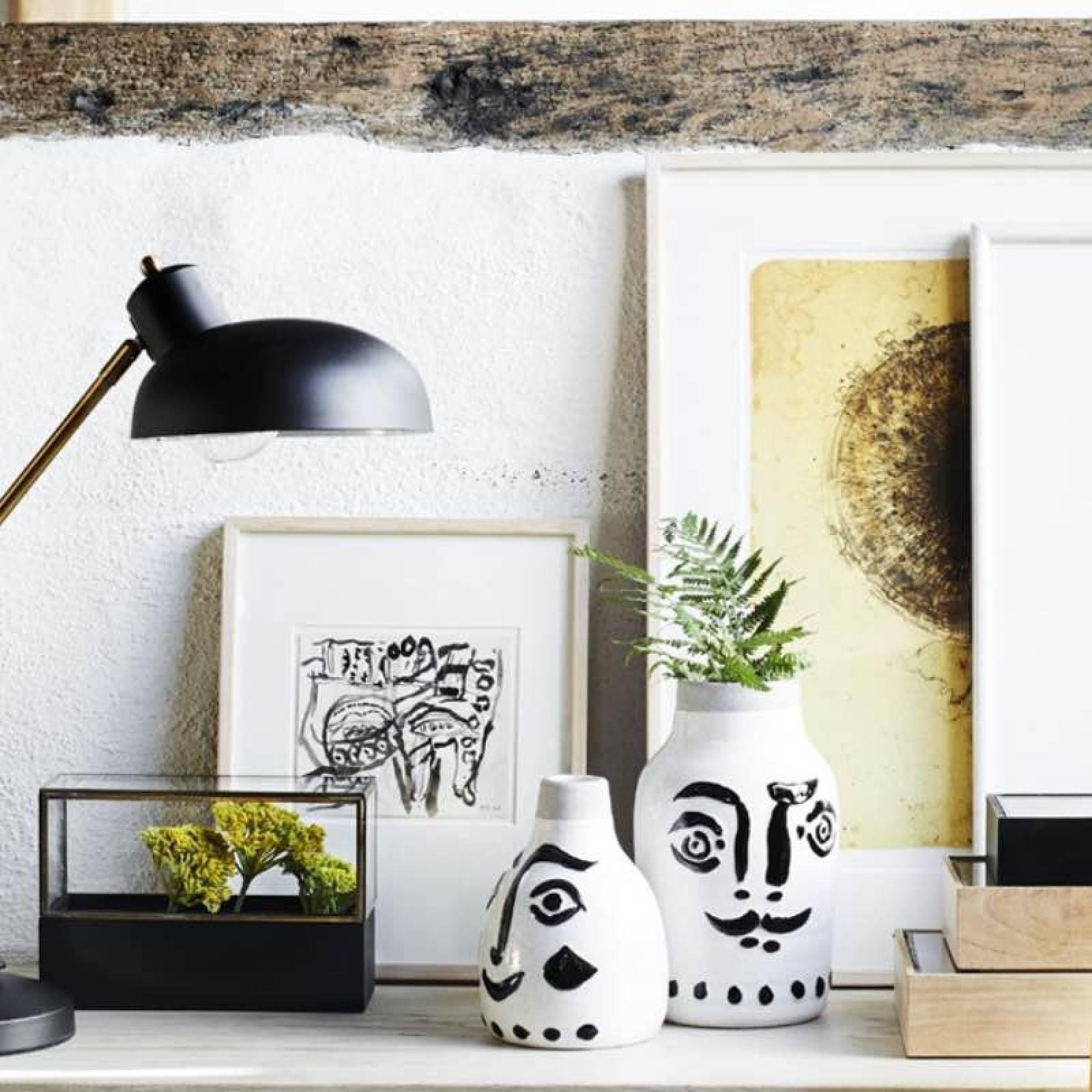 Large Painted Face Vase thumbnails
