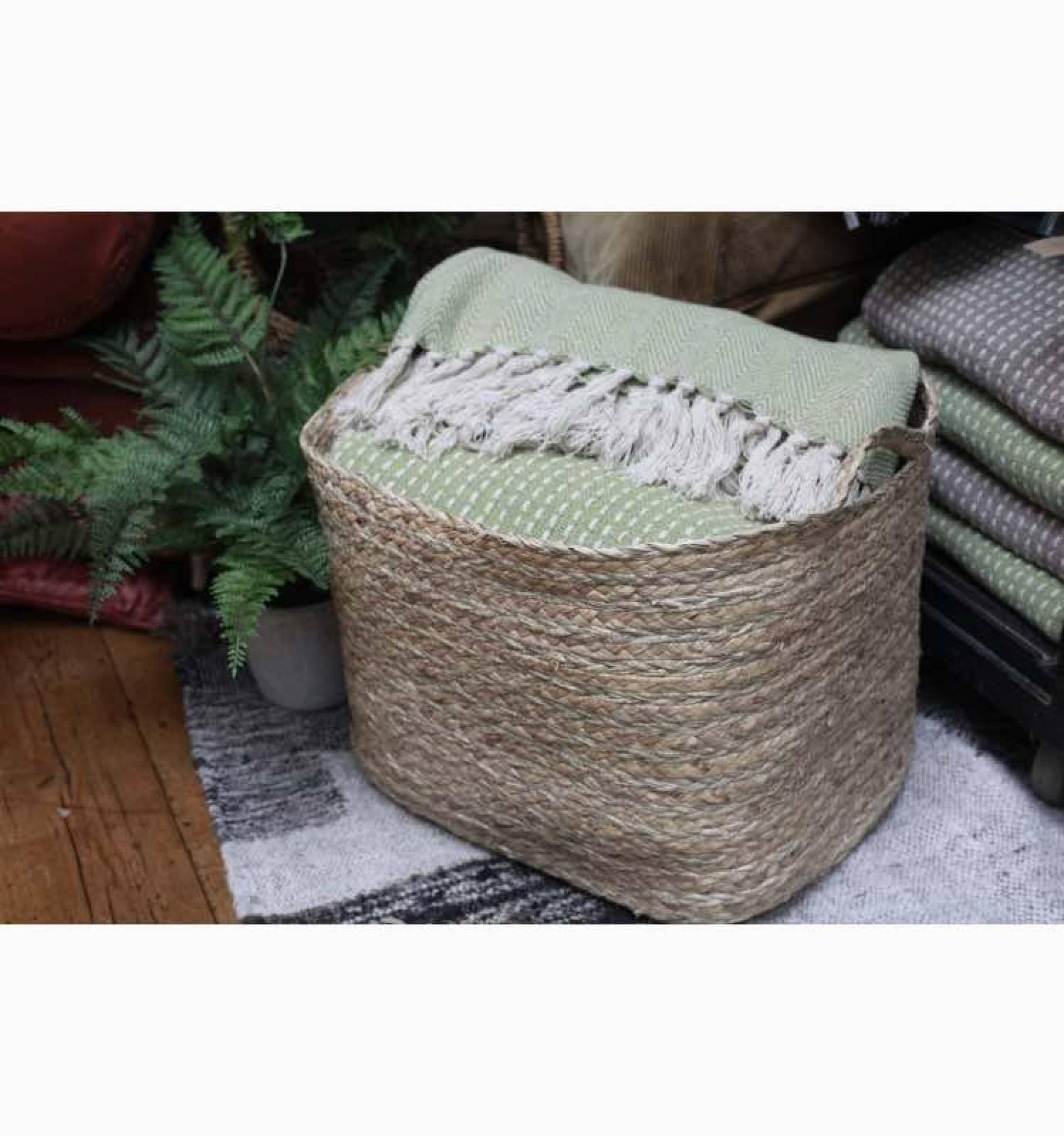 Rectangular Basket With Handles thumbnails