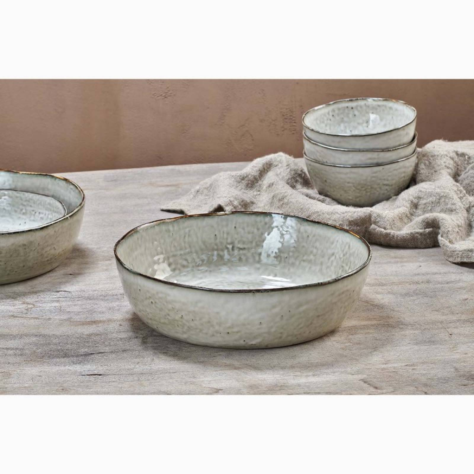 Amina Cream Stoneware Large Serving Bowl thumbnails