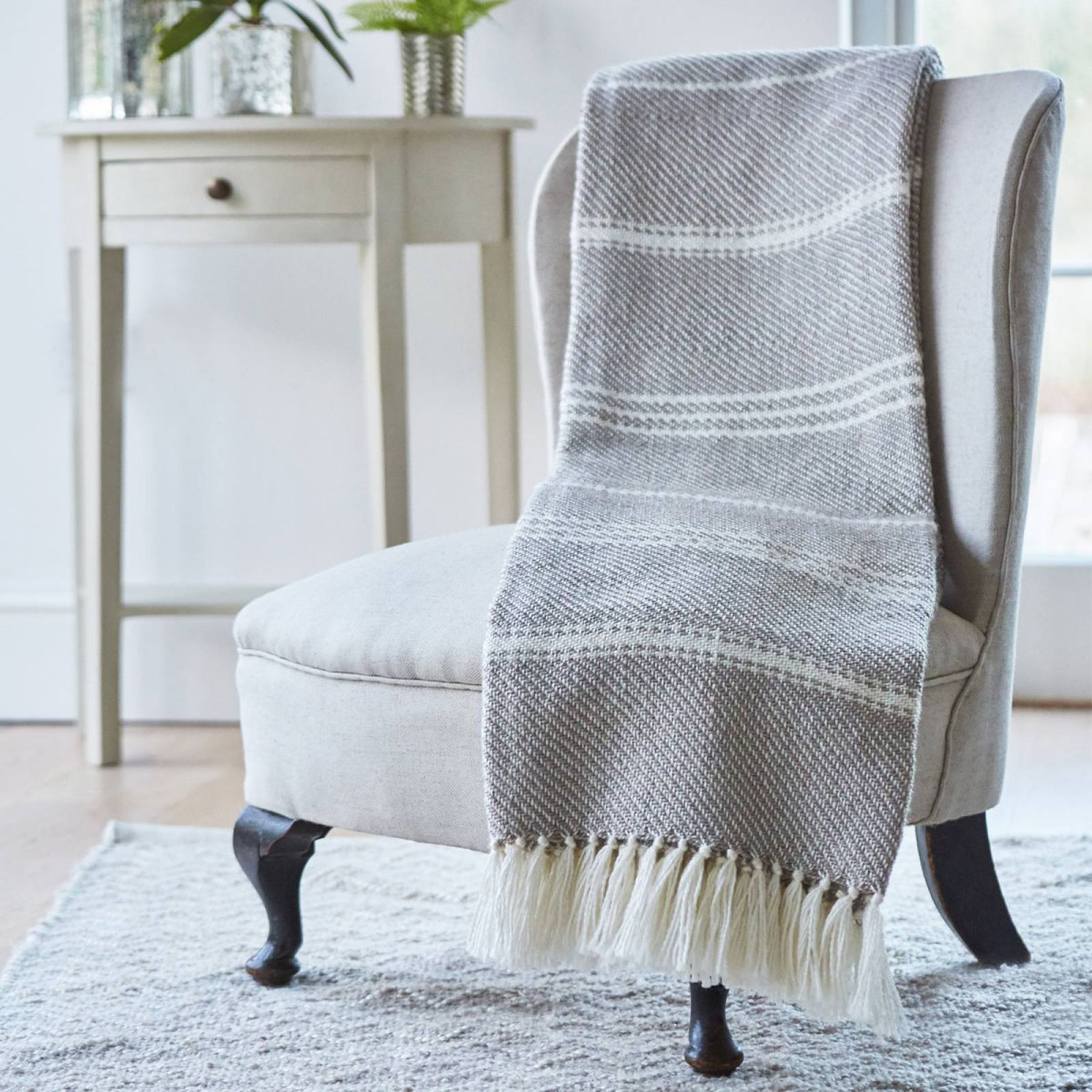 Chinchilla Oxford Blanket From Recycled Bottles thumbnails