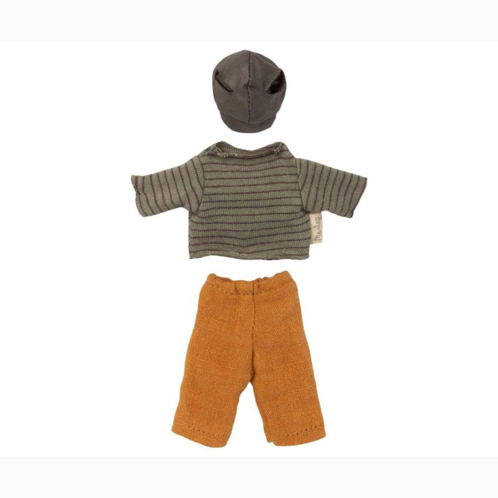 Dad Mouse In Clothes Soft Toy By Maileg thumbnails