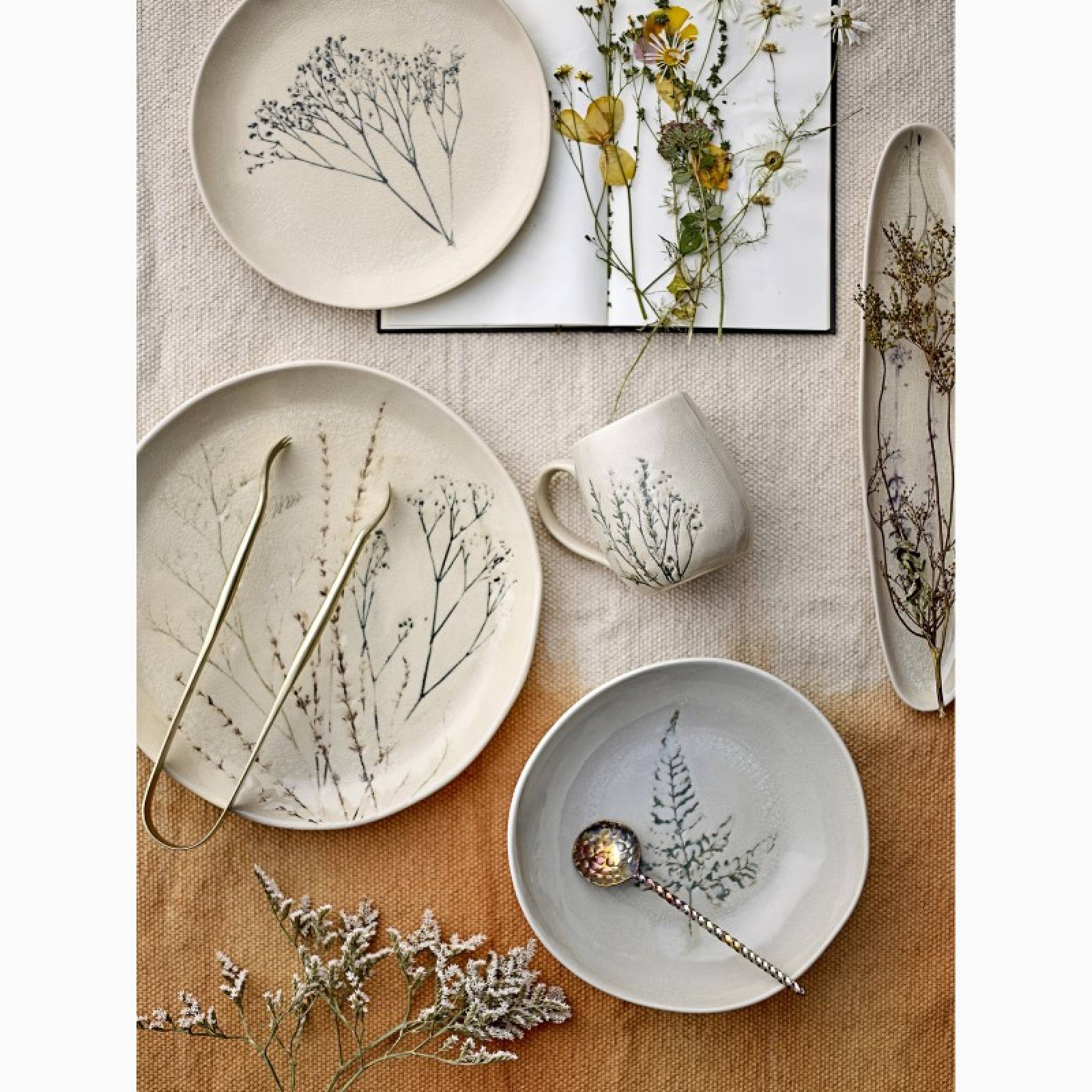 Stoneware Plate With Plant Imprint thumbnails