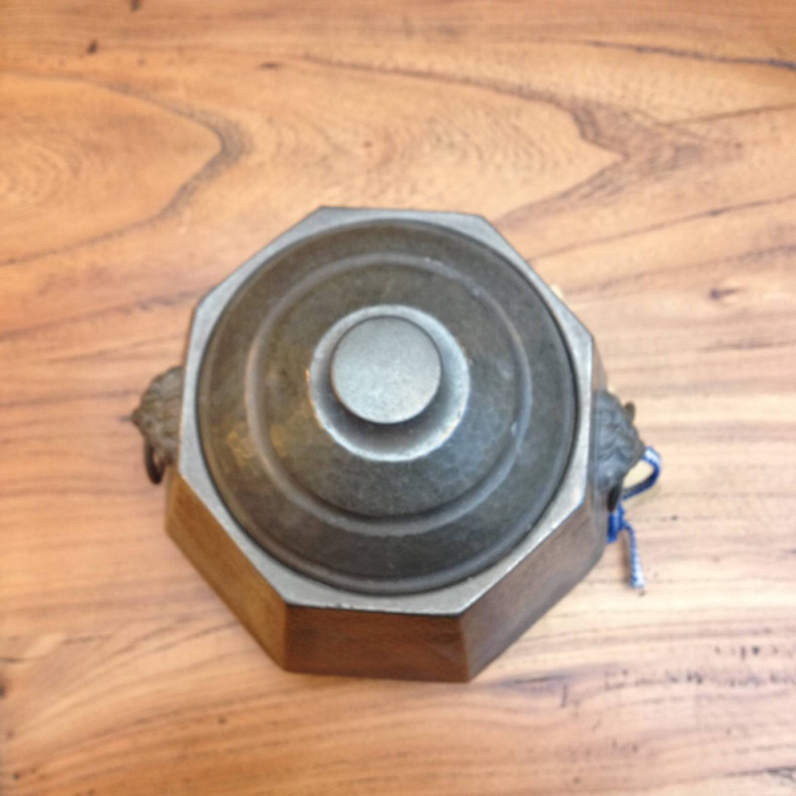 Hexagon Pewter Caddy with Lion Handles Argent 1045 thumbnails