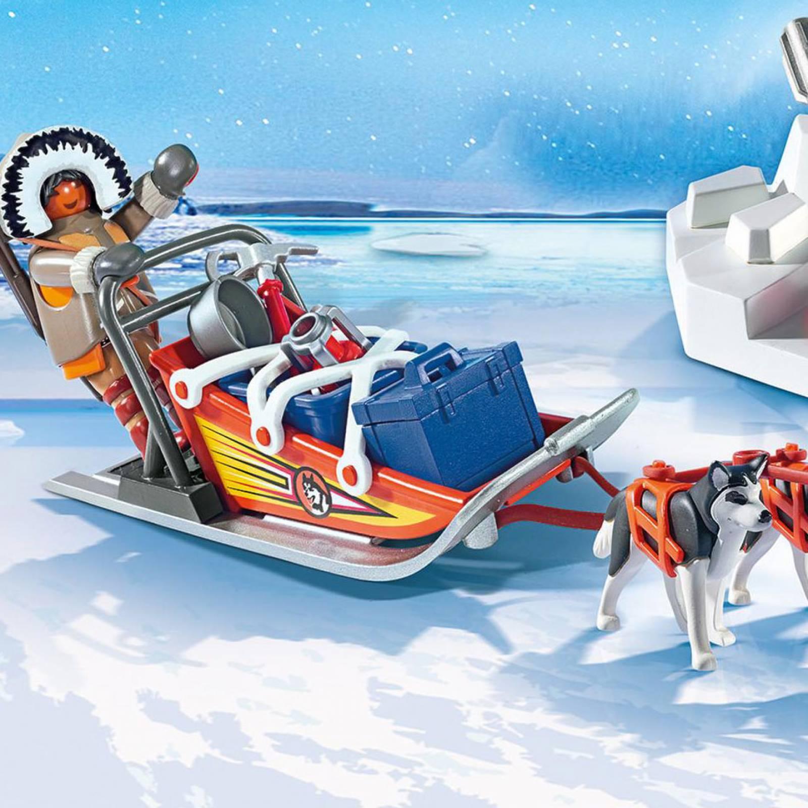 Husky-Drawn Sled Playmobil 9057