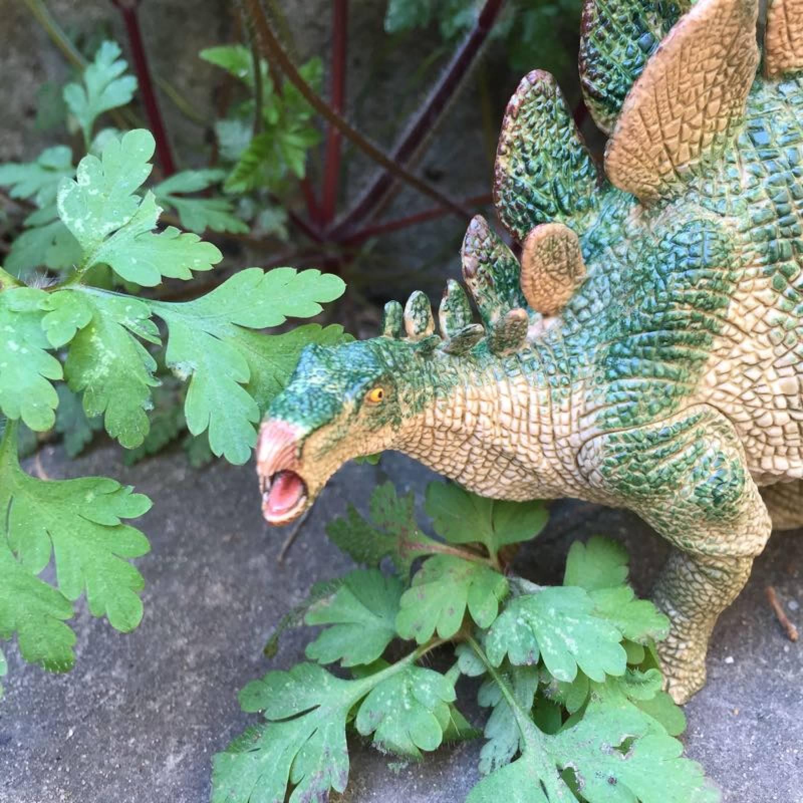 STEGOSAURUS Papo Dinosaur thumbnails