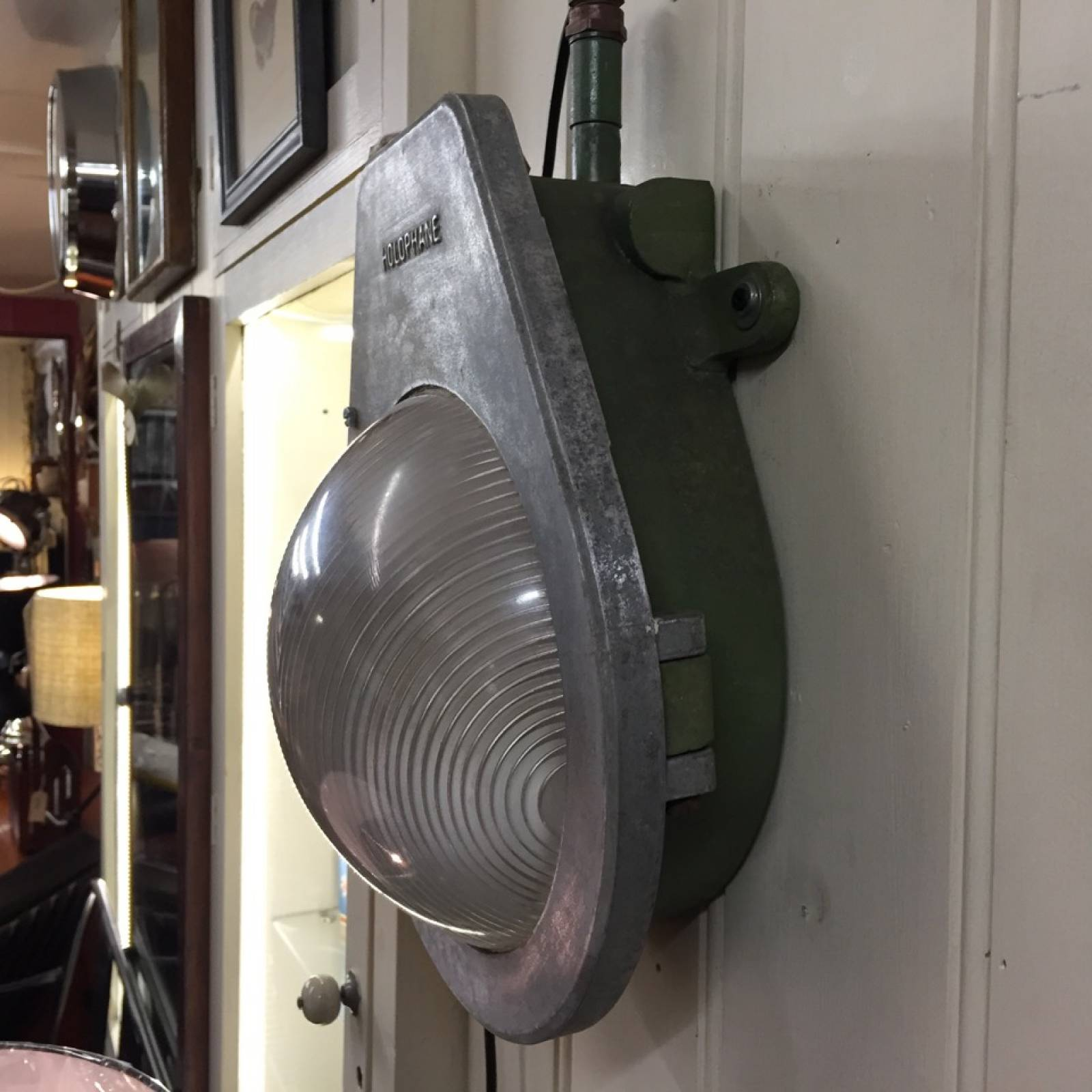 Galvanized Industrial Bulkhead Light With Holophane Glass WC thumbnails