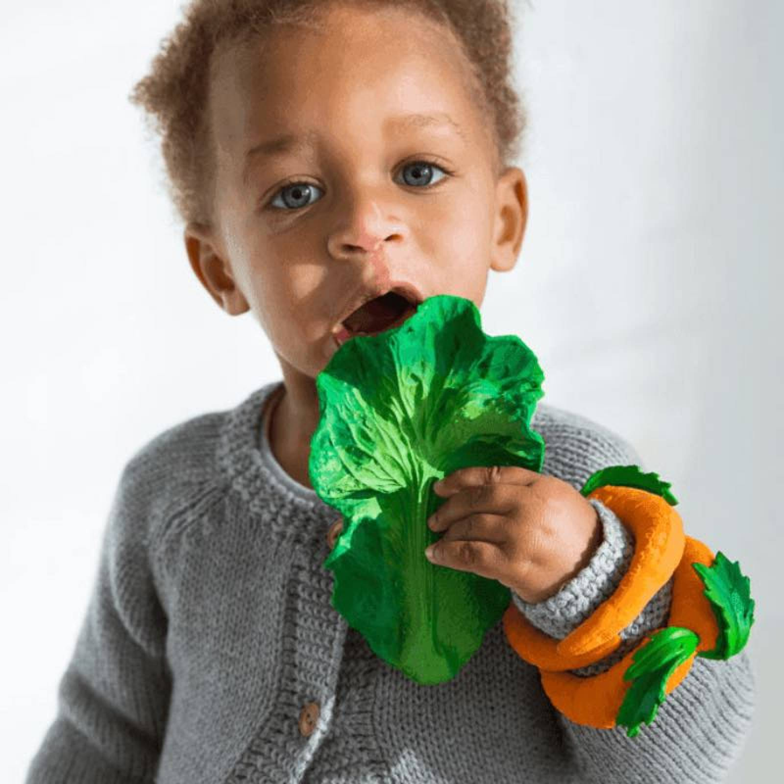 Kendall The Kale - Natural Rubber Teething Toy 0+ thumbnails