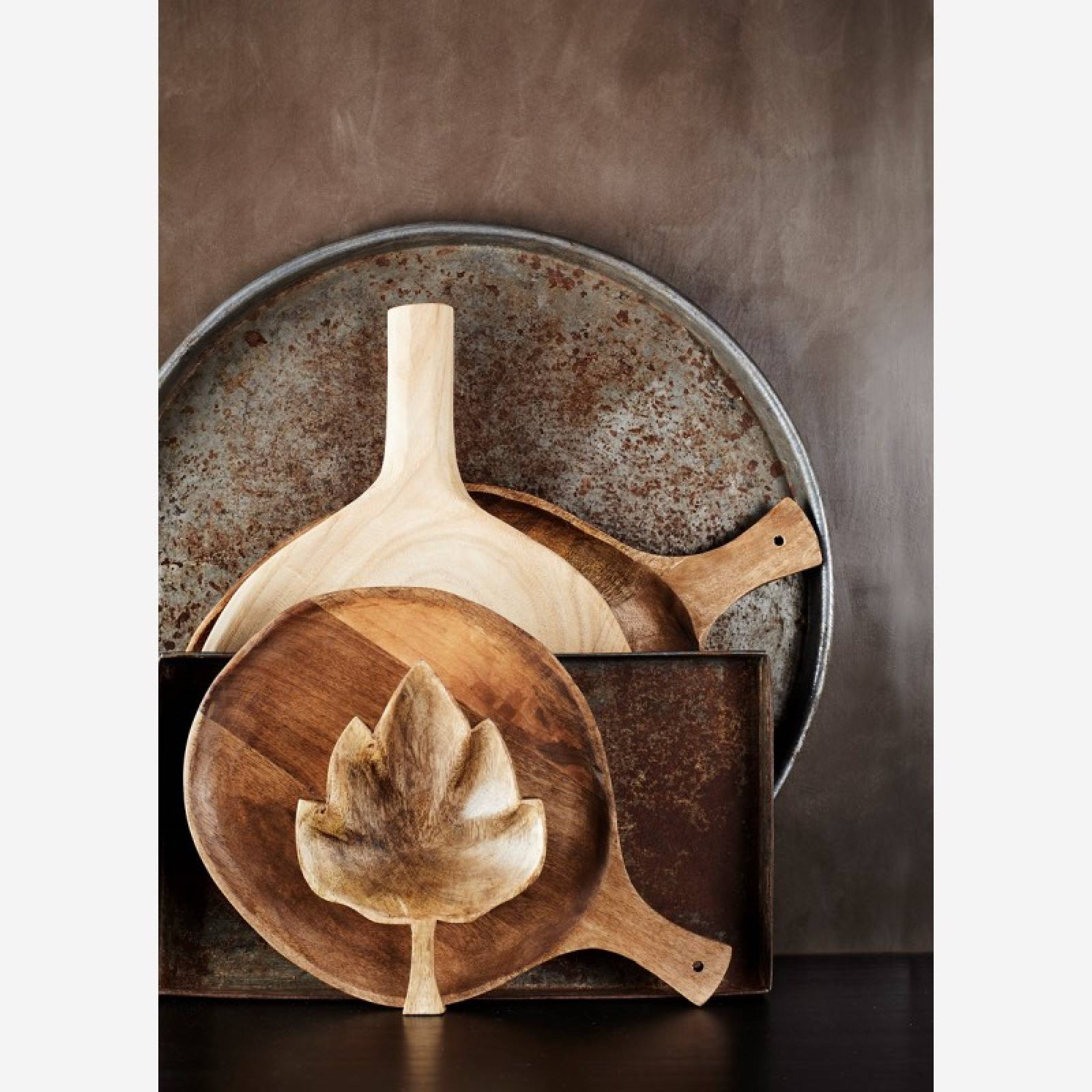 Leaf Shaped Wooden Serving Bowl With Handle thumbnails