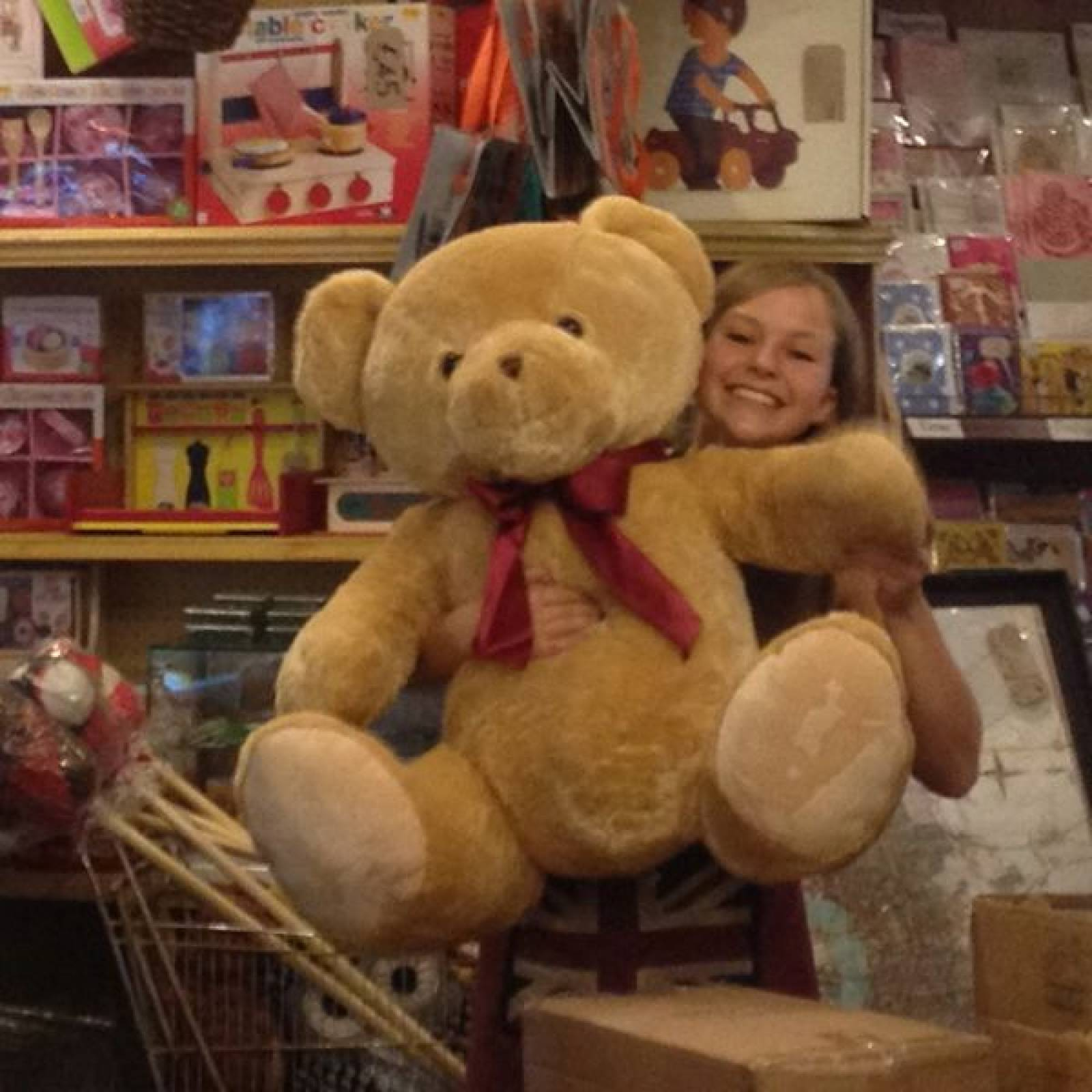 Giant Teddy Bear Soft Toy 120cm. thumbnails