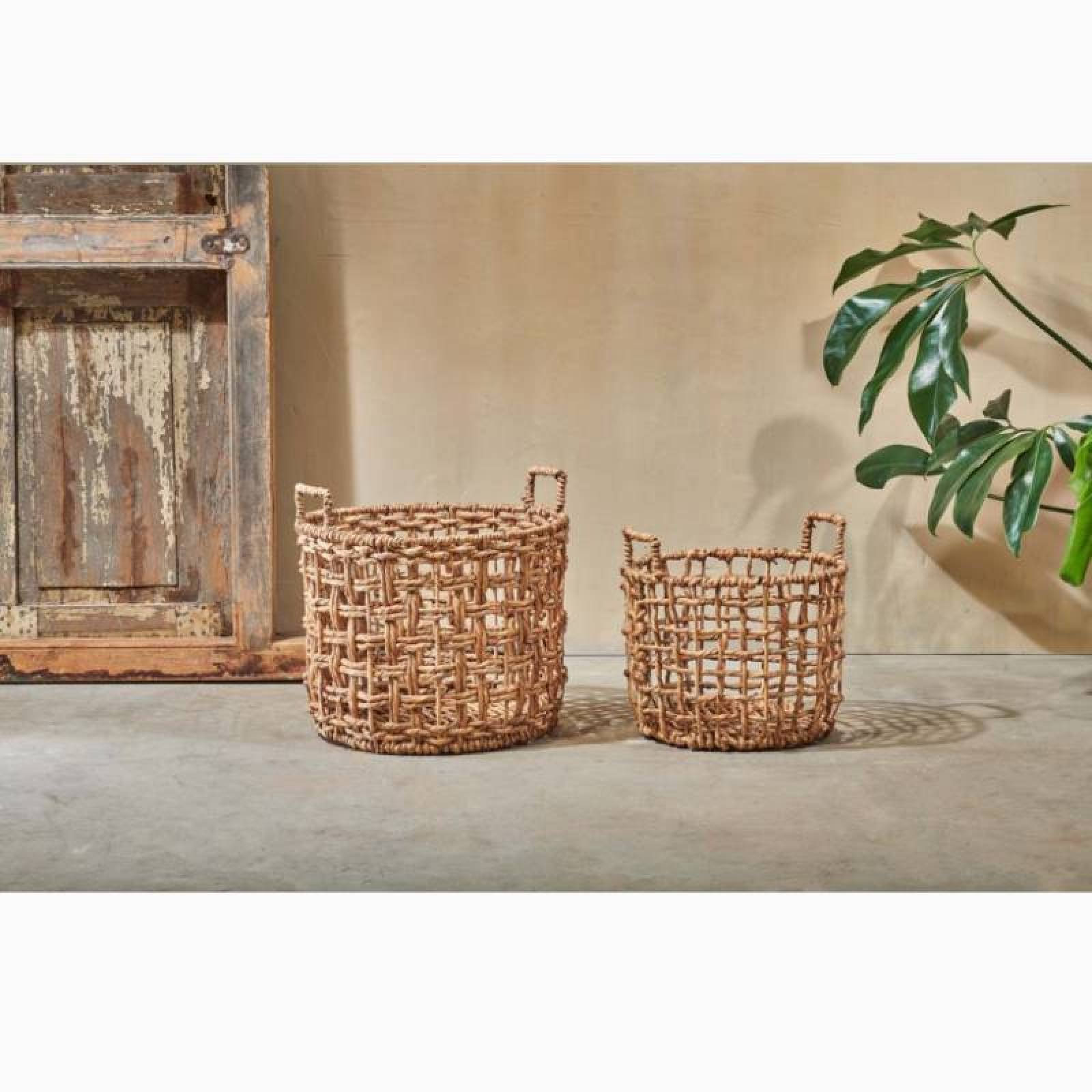 Large Round Woven Storage Basket With Handles thumbnails
