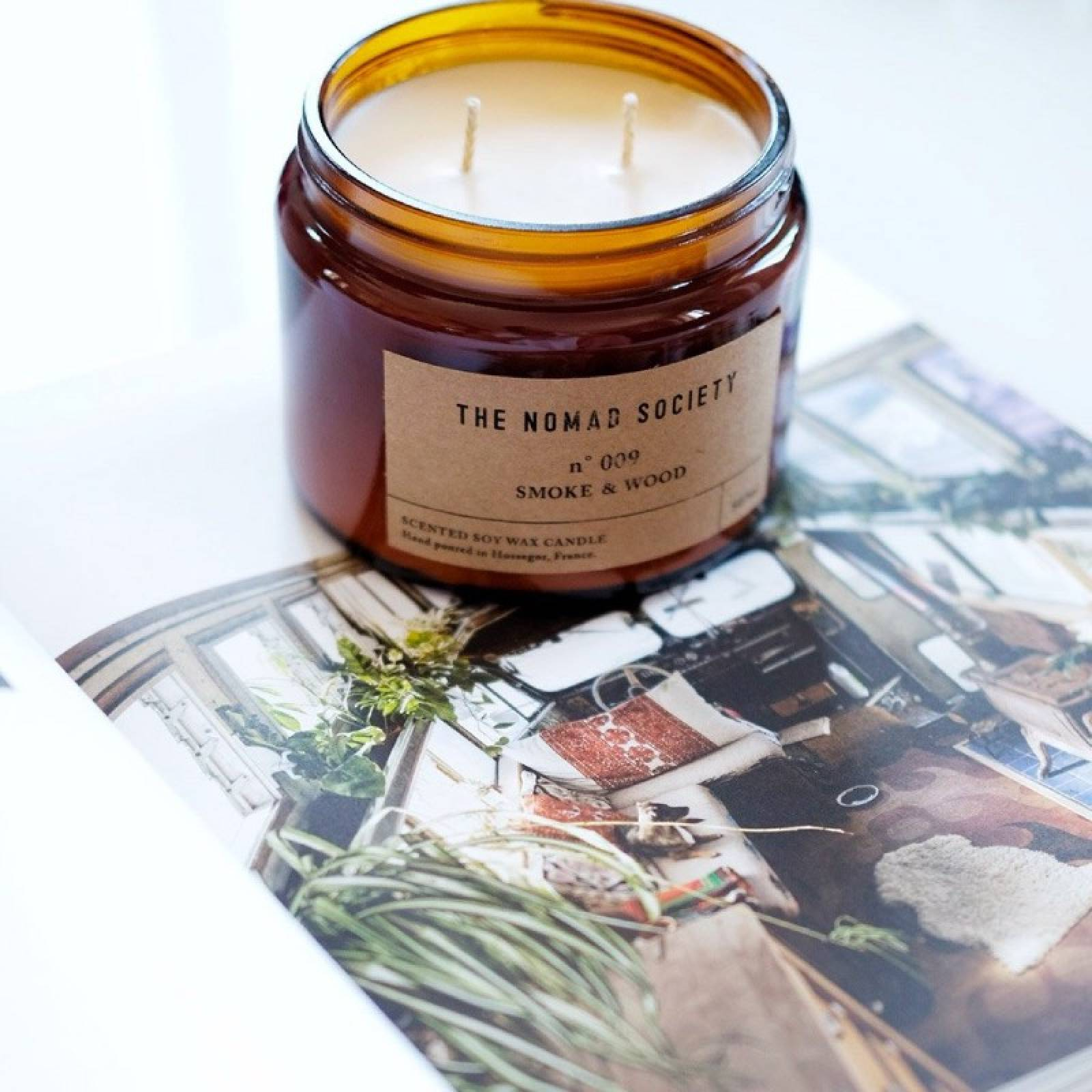 Smoke & Wood - Scented Soy Candle In Glass Jar 500ml thumbnails