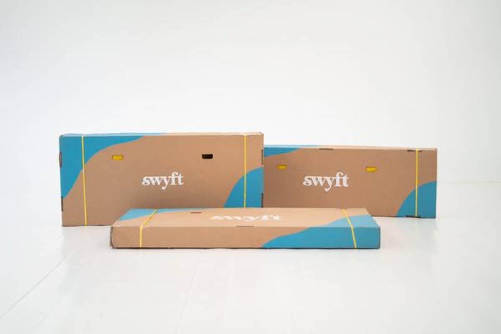 Swyft - Model 01 - 3 Seater Sofa - Linen Seaglass thumbnails