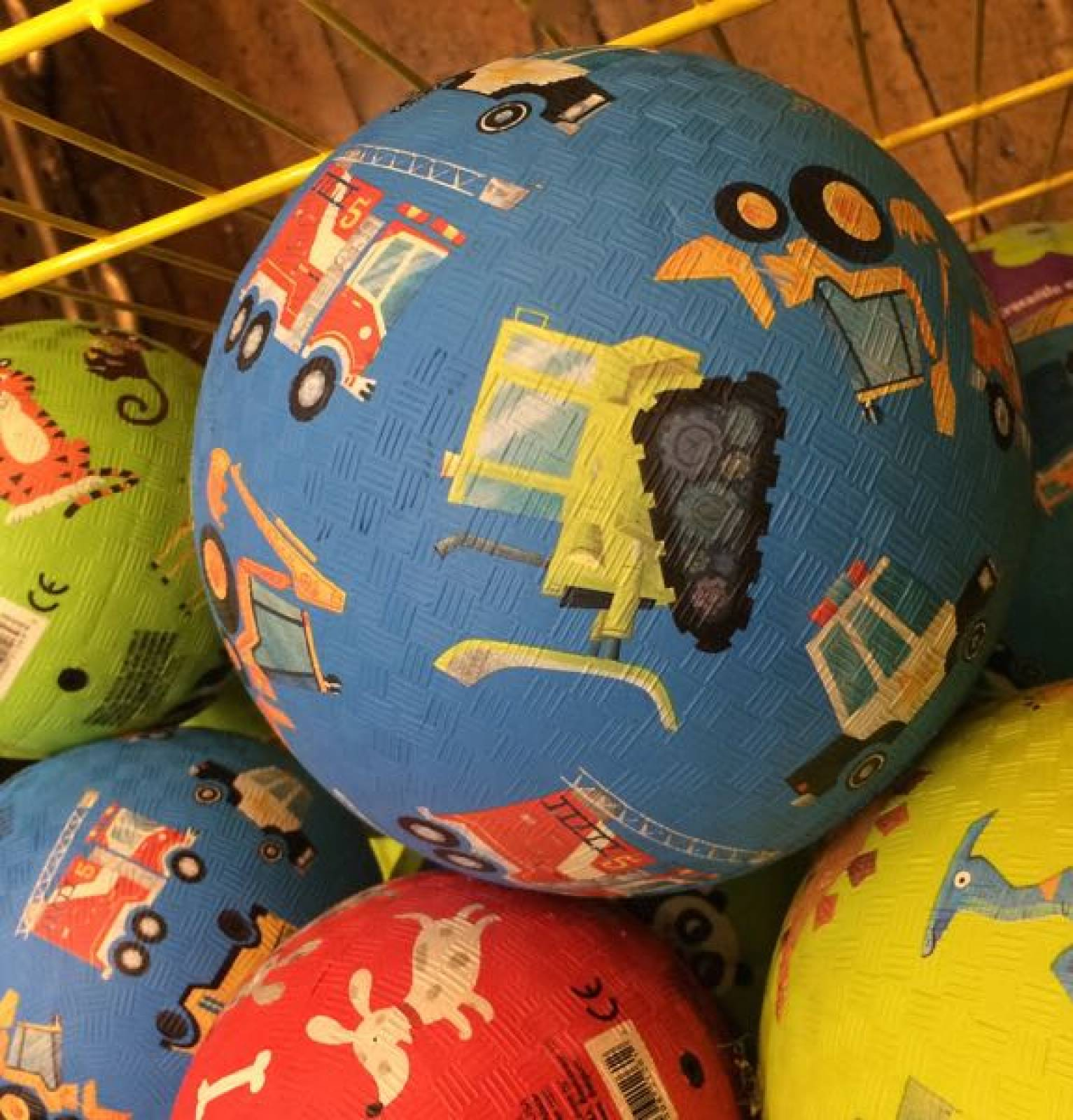 Vehicles -  Large Rubber Picture Ball 18cm