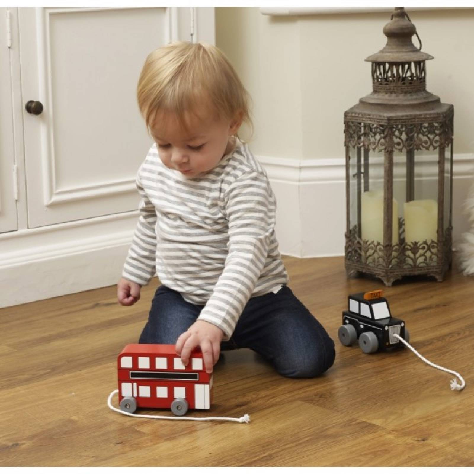 Wooden London Bus Pull Along Toy 1+ thumbnails