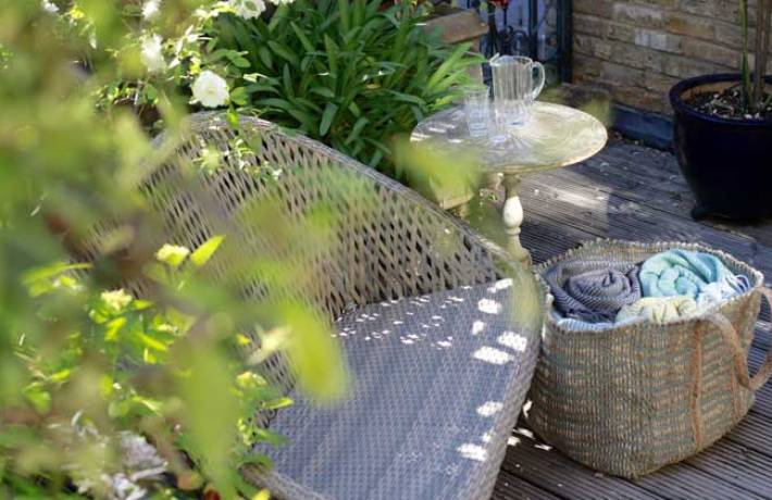 Garden Furniture & Furnishing