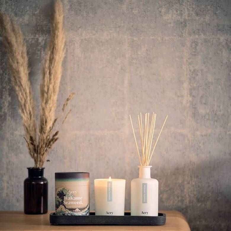 Wakame Seaweed Boxed Candle By Aery