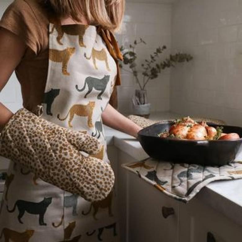 Cotton Apron In Cheetah Print