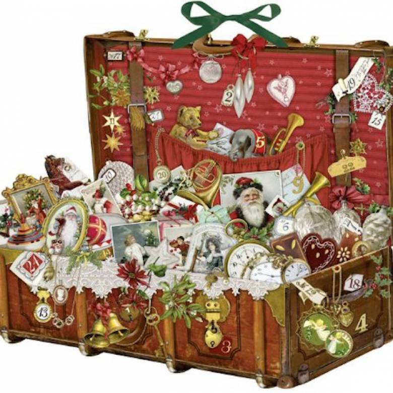Nostalgic Christmas Suitcase Advent Calendar