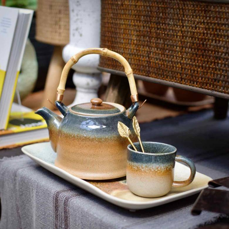 Glazed Porcelain Teapot With Bamboo Handle