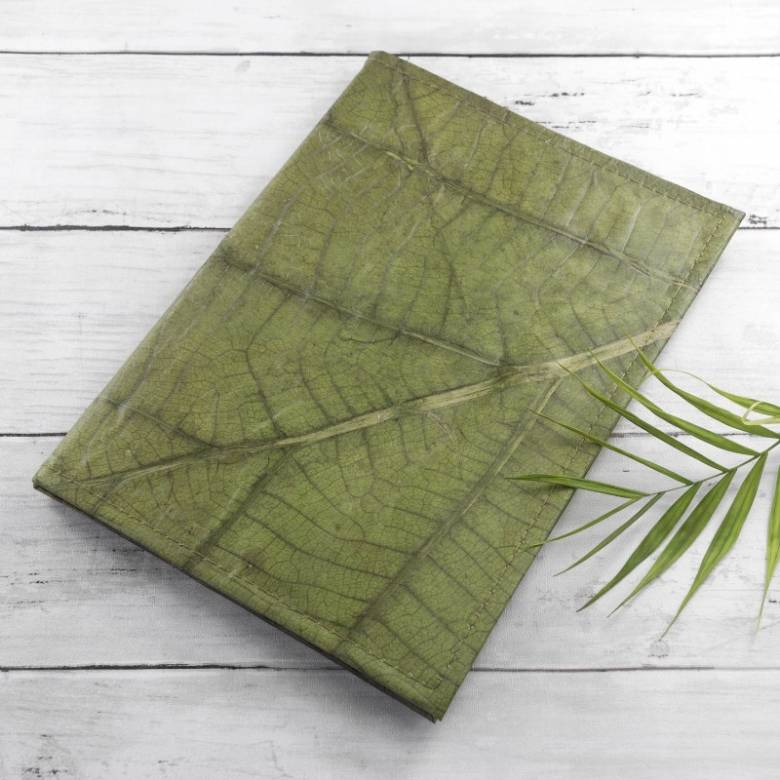 A5 Refillable Journal In Leaf Leather - Green