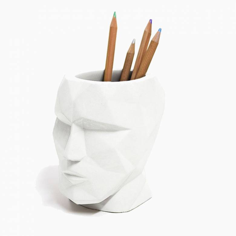 Angular Head Cement Pen Tidy In White