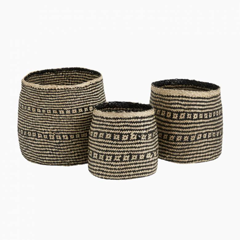 Cozy Natural And Black Seagrass Basket - Small 30cm