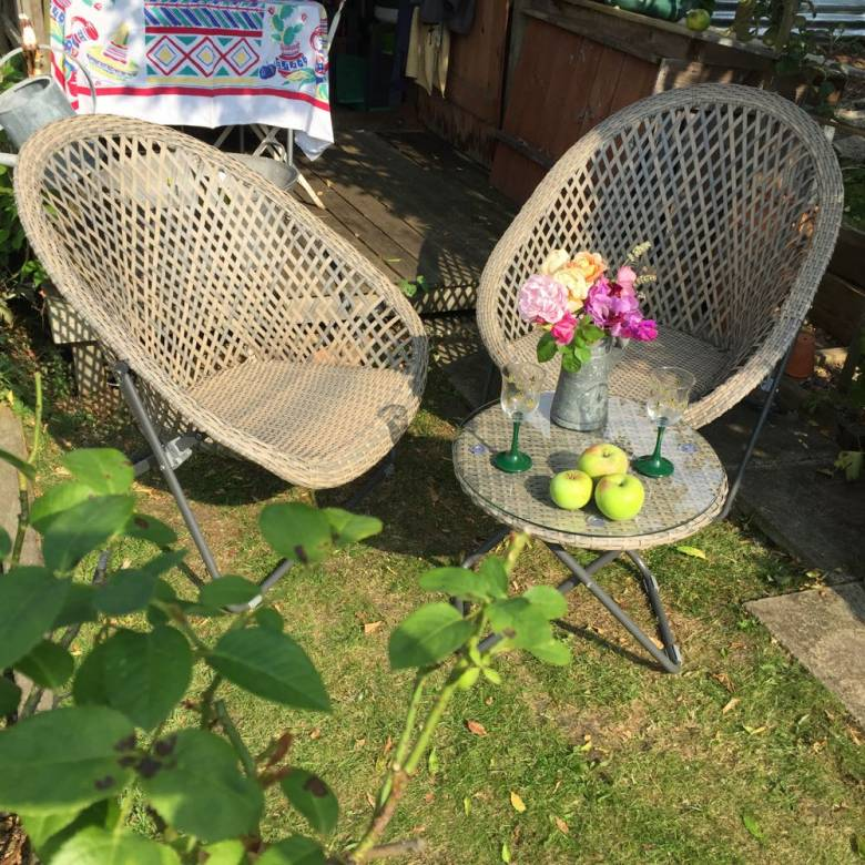 Rattan Lounge Chair and Table Set - DUE IN MAY