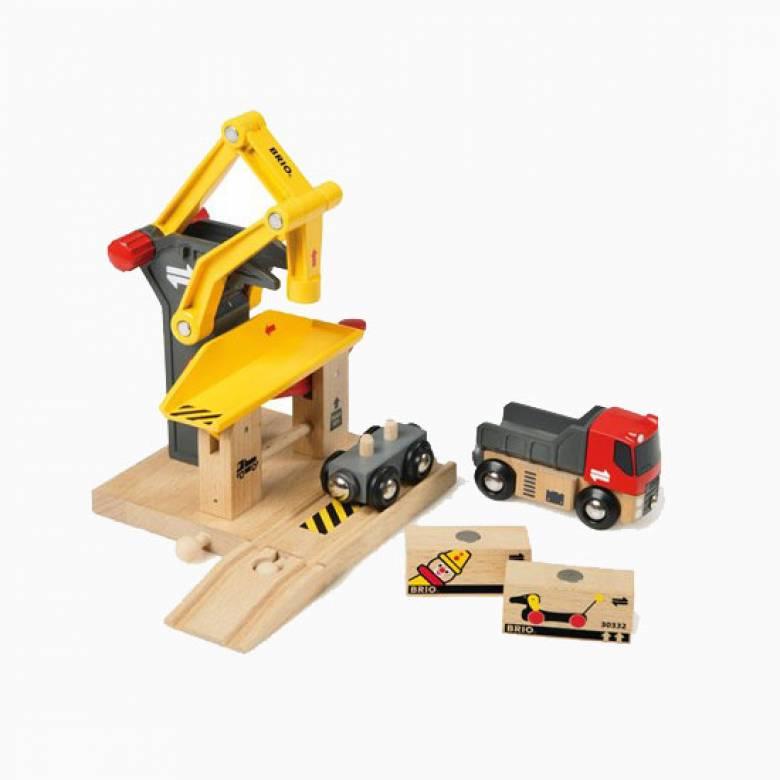 Freight Goods Station BRIO® Wooden Railway Age 3+