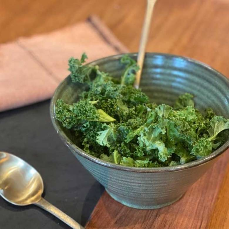 Green Stoneware Bowl 22x12.5cm
