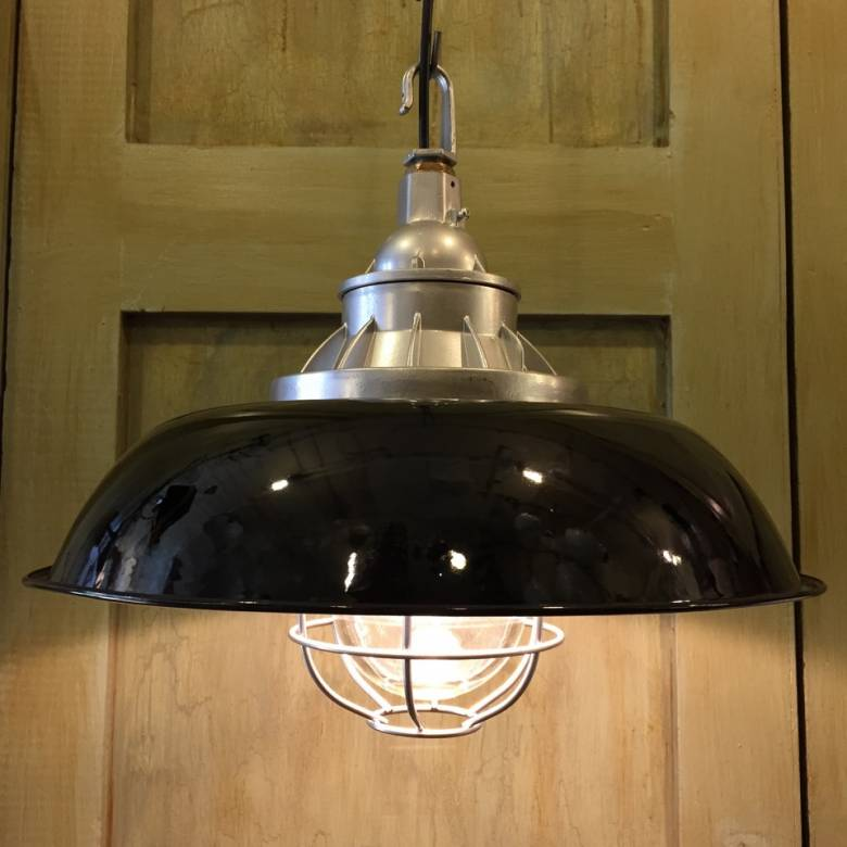 Industrial Black Enamel Pendant Ceiling  Light  With Cage