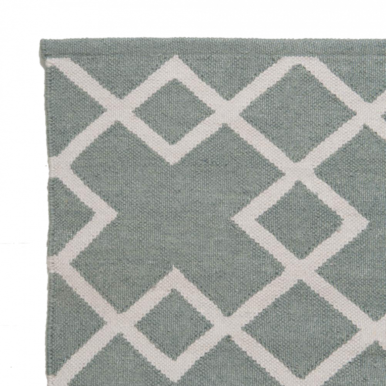 Juno - Dove Grey - 110cm x 60cm Recycled Bottle Rug
