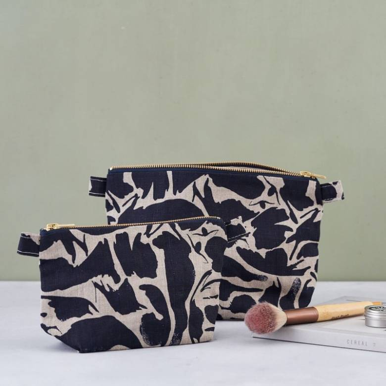 Large Linen Wash Bag In Navy Creatures Print