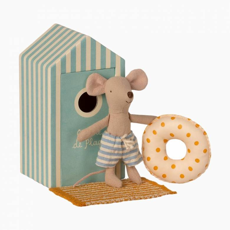 Little Brother Mouse In Beach Cabin Beach Mice 3+