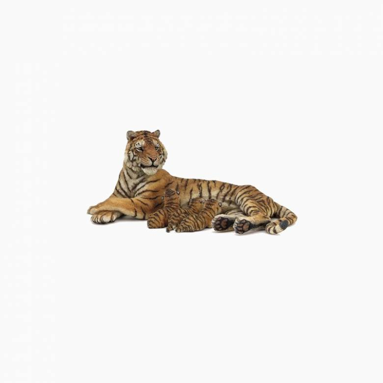 Lying Tigress Nursing - Papo Wild Animal Figure
