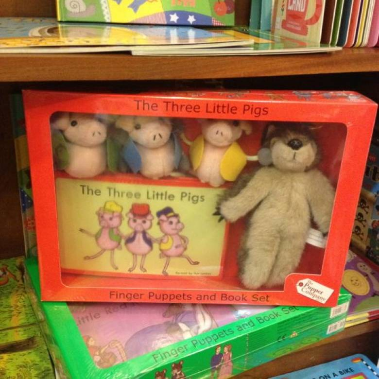 Three Little Pigs Storytime Puppet Set