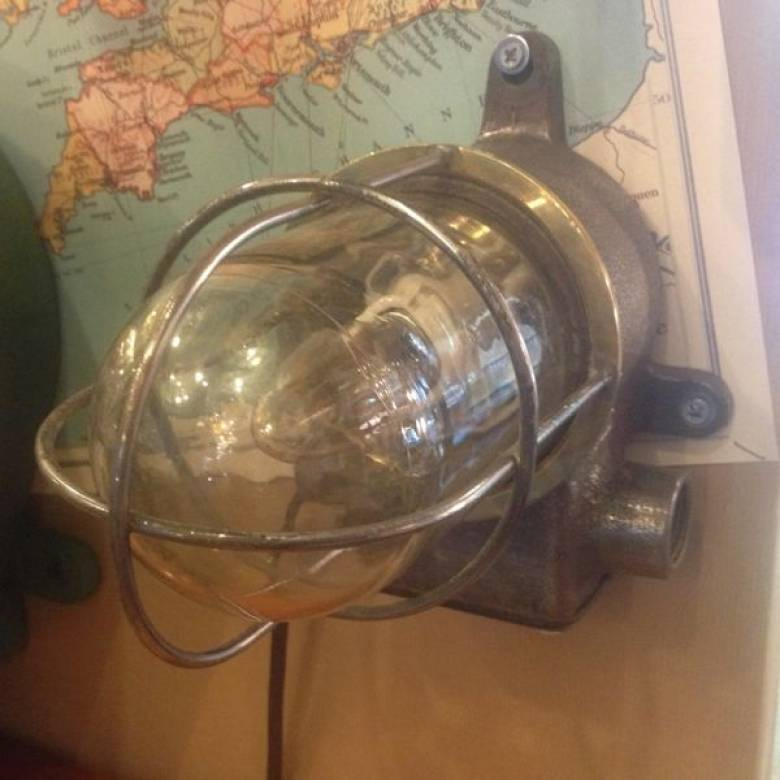 Cast Iron Small Steel Grid Ship's Bulkhead Light