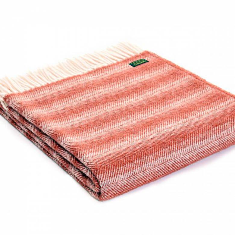 Rust Chevron Throw 150x183cm