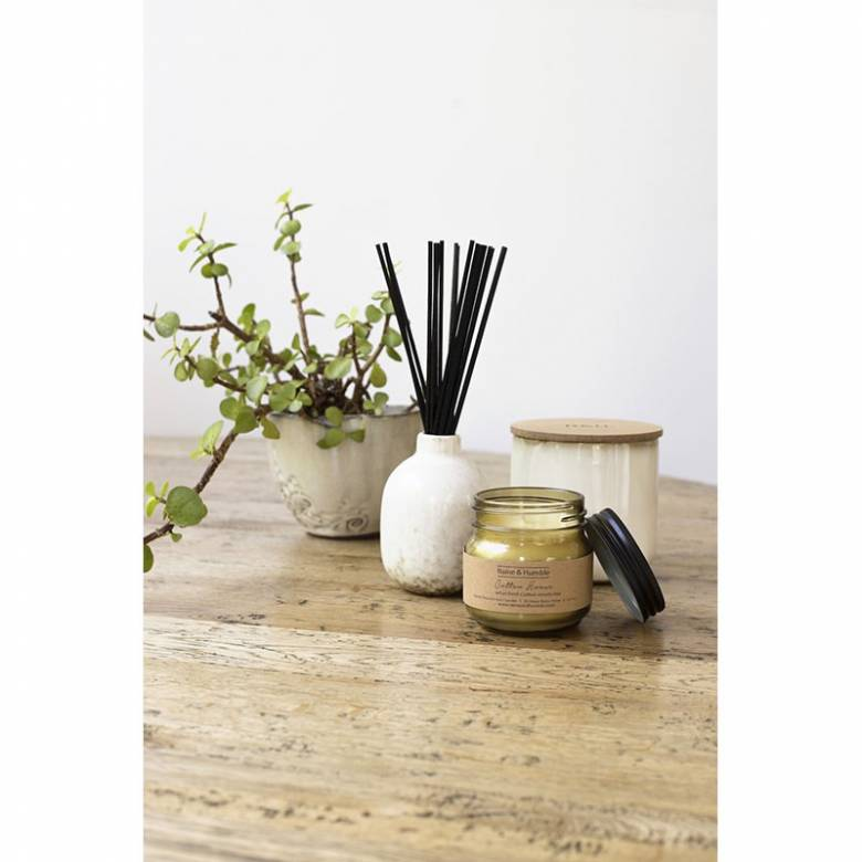 Scented DIffuser In Pottery Vase - Guava & Fig