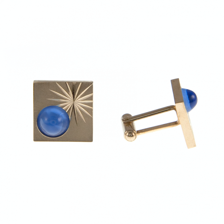 Vintage 1950s Square Gold Plated Cufflinks With Blue Stone