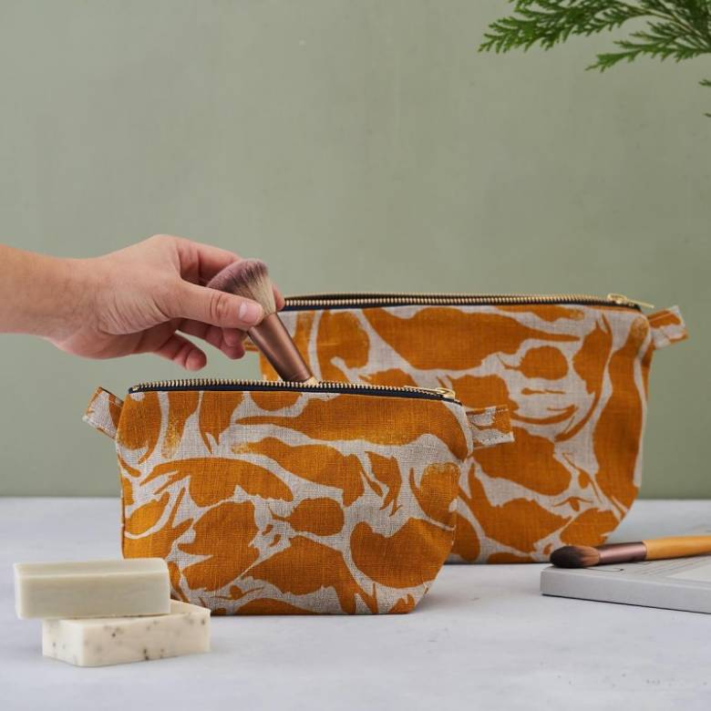 Small Linen Wash Bag In Yellow Creatures Print