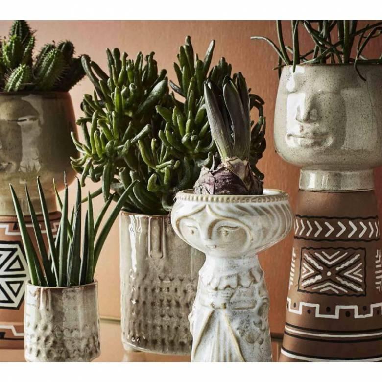 Woman Figure Cream Stoneware Vase 18cm