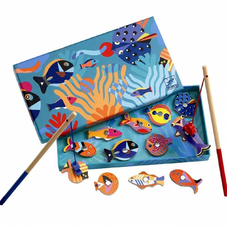 Graphics Magnetic Fishing Game by Djeco 2+
