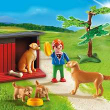 Golden Retrievers With Toy Playmobil 6134