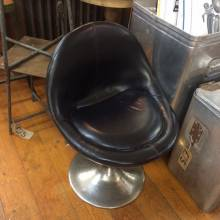 Black Bubble Tub Side Chair With Flared Chromed Base