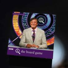 QI The Board Game 2-6 Players, 8yrs+